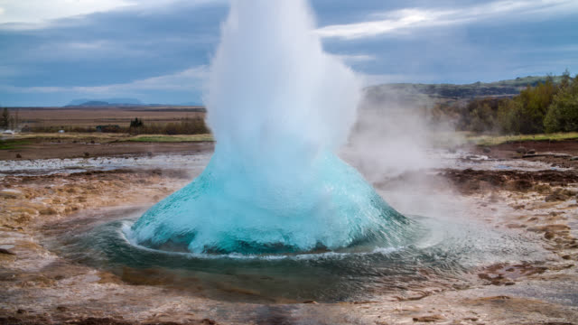 Geyser eruption slow motion - Strokkur Iceland video