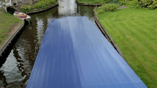 Giethoorn village house traditional video