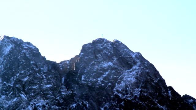 giewont at tatras mountain - zakopane stok videoları ve detay görüntü çekimi