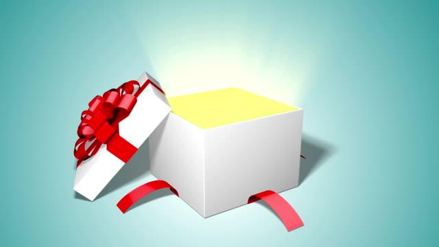 ギフト ボックス開口部 - プレセントの箱点の映像素材/bロール