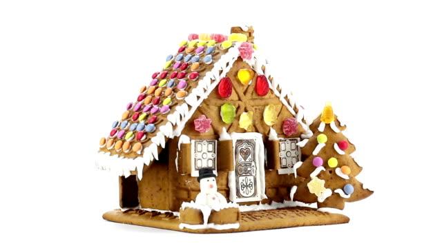 gingerbread house - lebkuchenhaus stock-videos und b-roll-filmmaterial