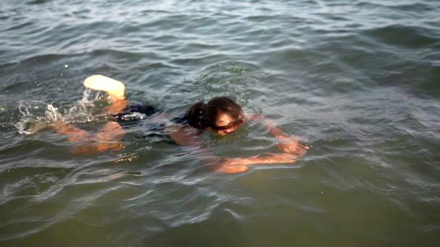 Girl Swiming video