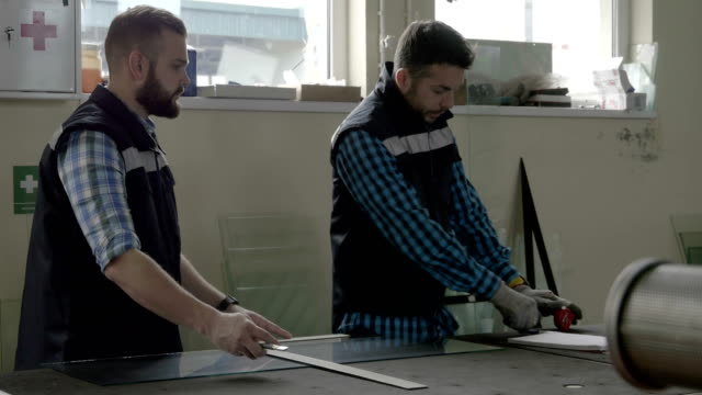 Glass Cutting video