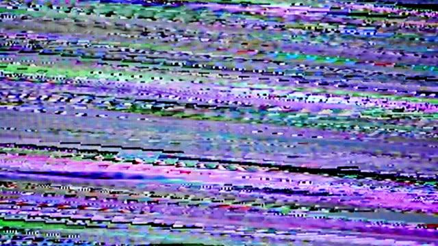 vídeos de stock, filmes e b-roll de ruído digital glitchy. - estreito mar
