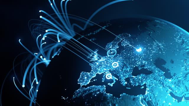 linee di connessione globali - scambio di dati, comunicazione digitale, pandemia - comunicazione globale video stock e b–roll