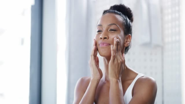 glowing skin needs the right nourishment - routine video stock e b–roll