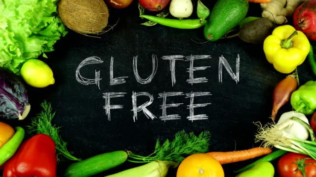 vídeos de stock, filmes e b-roll de parar o movimento de fruta livre de glúten - sem glúten