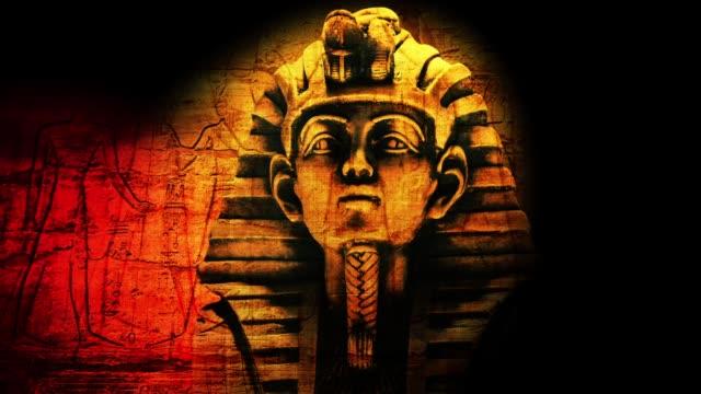 gold pharaoh tutankhamen mask - египет стоковые видео и кадры b-roll
