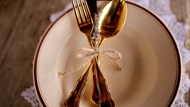 Golden cutlery video