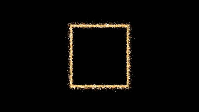 altın çerçeve. boş bir kare siyah bir arka plan üzerinde parlak parıltı parçacıkları yayar. kutlama kompozisyonu için öğe. döngü 3b animasyon - kare i̇ki boyutlu şekil stok videoları ve detay görüntü çekimi