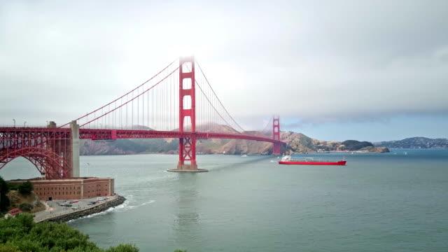 stockvideo's en b-roll-footage met golden gate bridge - baai