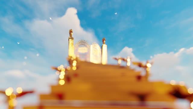 gyllene trappa till himlens portar med flygande änglar mot molnig himmel och vita duvor - himlen bildbanksvideor och videomaterial från bakom kulisserna