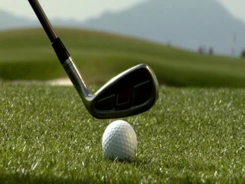 pal golf ball strike - mountain top stok videoları ve detay görüntü çekimi