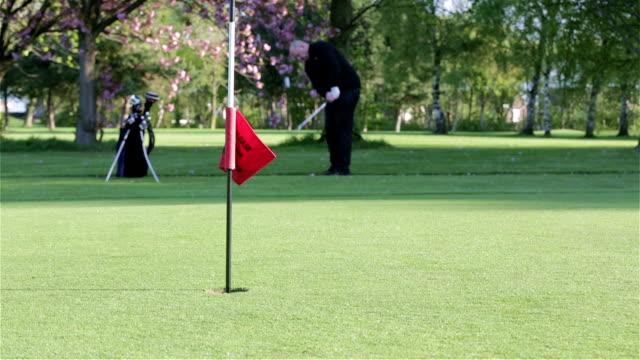 Golf Chip Shot video