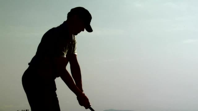 golf: mit dem auto - golf stock-videos und b-roll-filmmaterial
