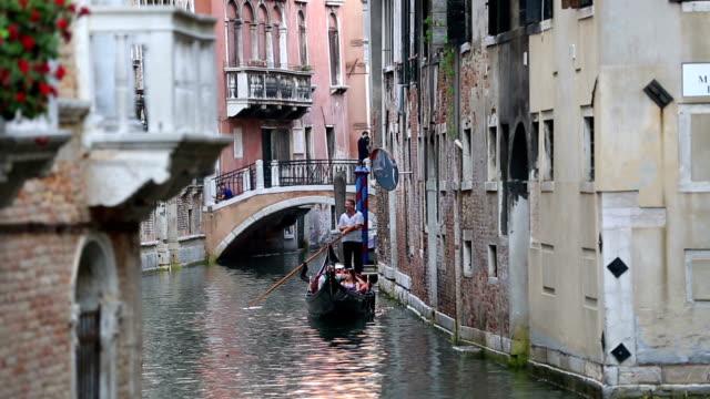 gondola in venice - renaissance architecture stock videos & royalty-free footage