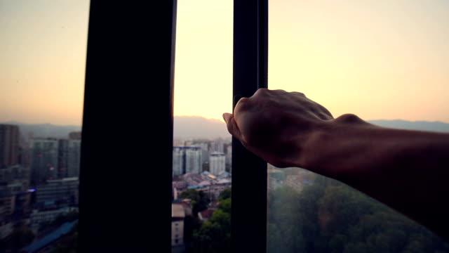 vídeos de stock e filmes b-roll de good morning - open window