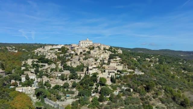 vidéos et rushes de gordes - medieval village in provence, france. - aix en provence