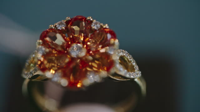 Gorgeous Ring video