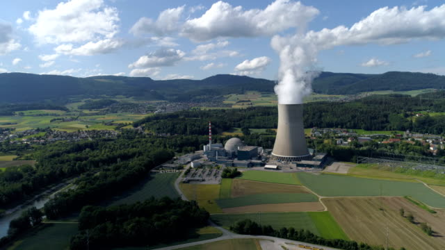gosgen nuclear plant - aerial 4k - reattore nucleare video stock e b–roll