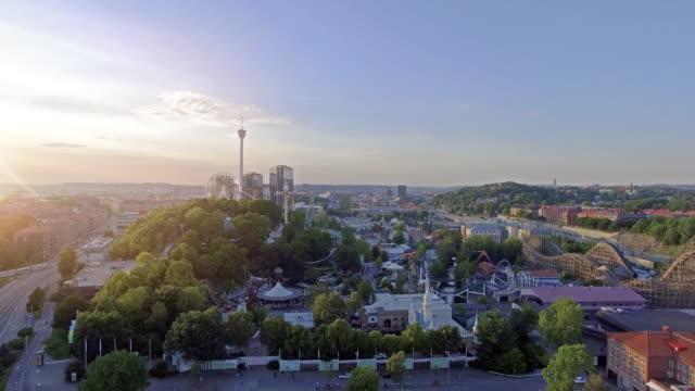 flygfoto göteborg nöjespark i solnedgång - gothenburg bildbanksvideor och videomaterial från bakom kulisserna