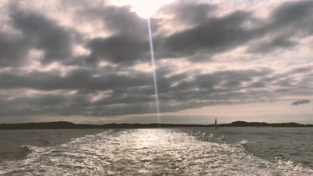 göteborgs skärgård från kölvatten till färja - bohuslän nature bildbanksvideor och videomaterial från bakom kulisserna