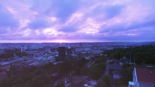 göteborgs stad i solnedgången antenn skott - gothenburg bildbanksvideor och videomaterial från bakom kulisserna