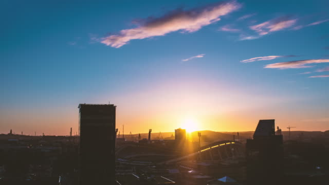 göteborg stadsbilden tidsfördröjning i solnedgång - gothenburg bildbanksvideor och videomaterial från bakom kulisserna