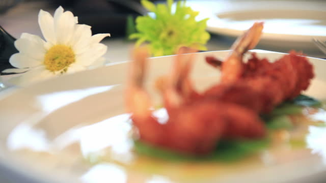gourmet coconut encrusted shrimp - intoning bildbanksvideor och videomaterial från bakom kulisserna
