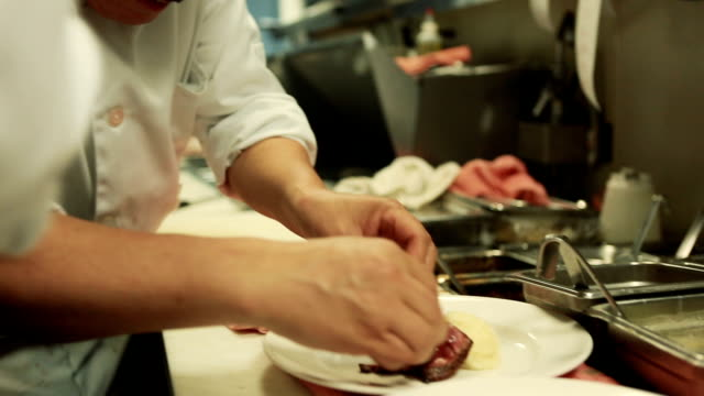 Gourmet Plating video