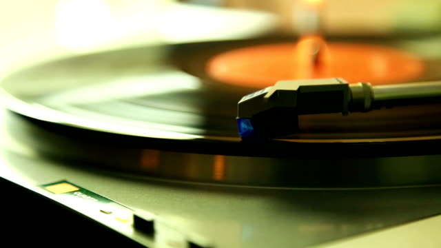 Gramophon or turntable video