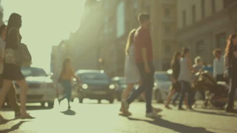 vídeos y material grabado en eventos de stock de gran vía de madrid, capital de españa - calle principal calle