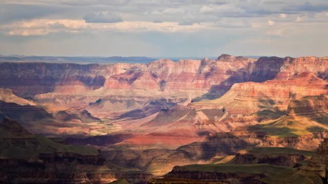 grand canyon, arizona wolken über den colorado river - grand canyon stock-videos und b-roll-filmmaterial