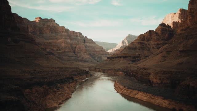 grand canyon in arizona - grand canyon stock-videos und b-roll-filmmaterial