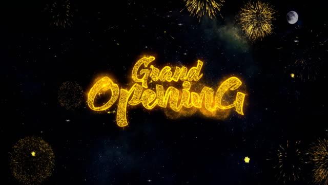 vídeos y material grabado en eventos de stock de gran opening_2 texto deseos revelan de las partículas de firework tarjeta de felicitación. - inauguration