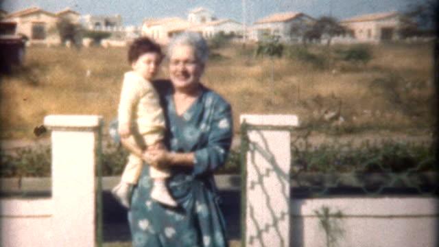 grandma & child caracas 1958 - sentimentalitet bildbanksvideor och videomaterial från bakom kulisserna