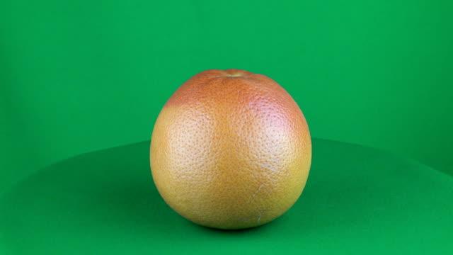 Grapefruit Rotating in Green Screen Chroma Key Matte video