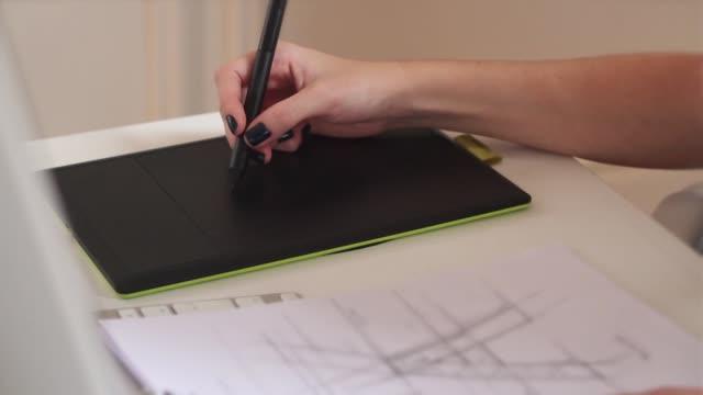 grafisk penna tablett - e post bildbanksvideor och videomaterial från bakom kulisserna