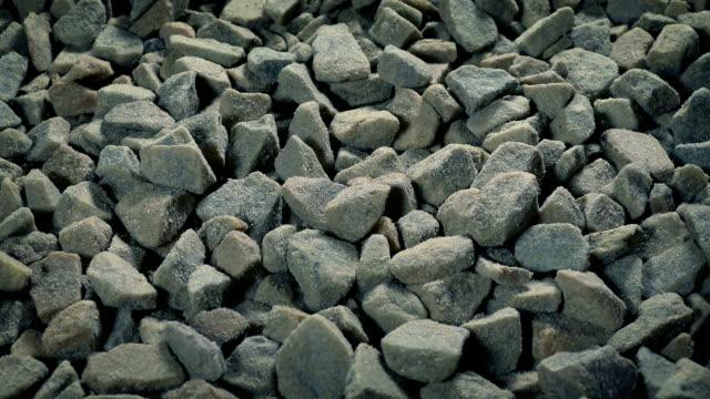礫石樁移動射擊 - 石材 個影片檔及 b 捲影像