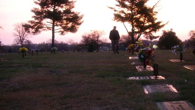 Graveyard Ponder video