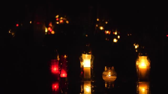 stockvideo's en b-roll-footage met kerkhof met night, vakantie van de deceaseds - funeral crying