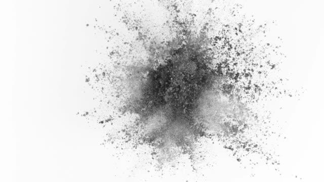 vidéos et rushes de poudre grise qui explose sur fond blanc en super slow motion - gris