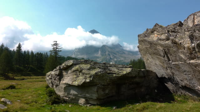 Great mountains of the Italian Alps video