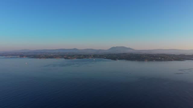 greek island of spetses in the mediterranean sea at - пелопоннес стоковые видео и кадры b-roll