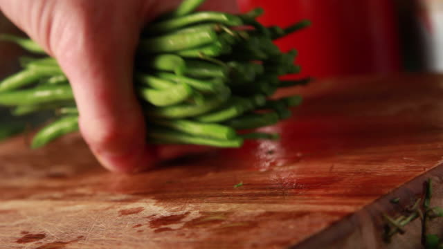 Green beans cooking video