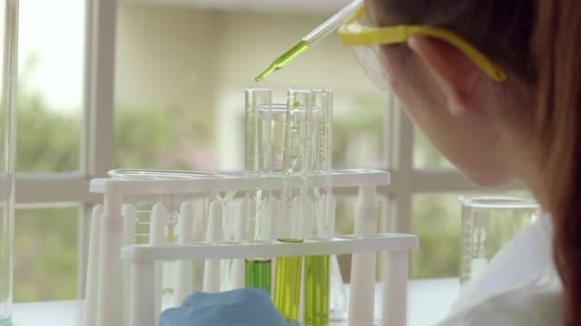 green energy lab - algen stock-videos und b-roll-filmmaterial