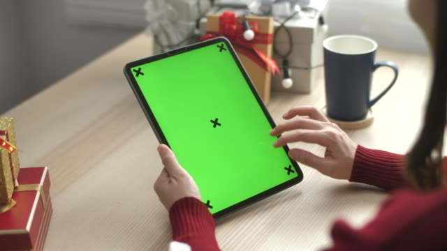 Green screen Digital tablet Online shopping for Christmas
