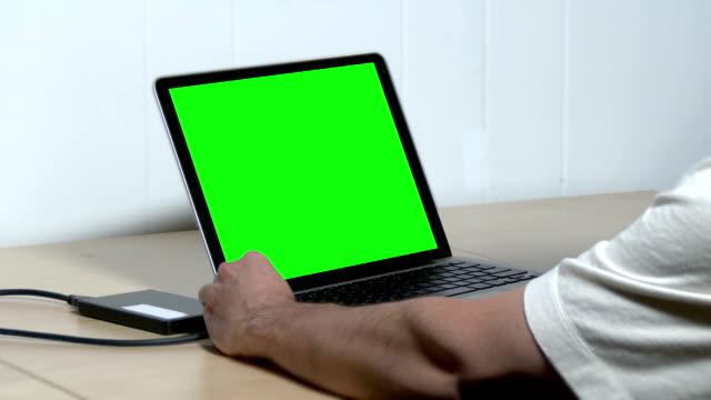 Green Screen Laptop video