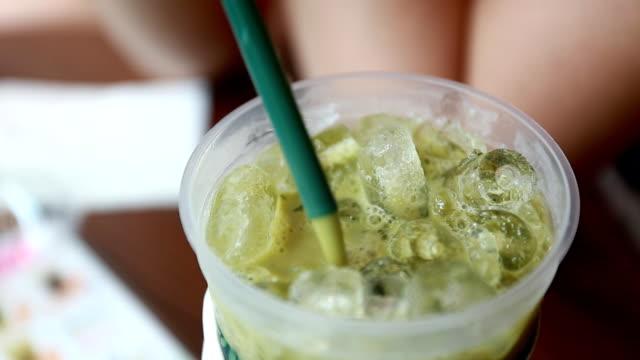 green tea - sugrör bildbanksvideor och videomaterial från bakom kulisserna