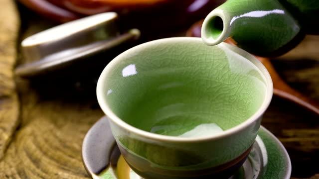 green tee - grüner tee stock-videos und b-roll-filmmaterial